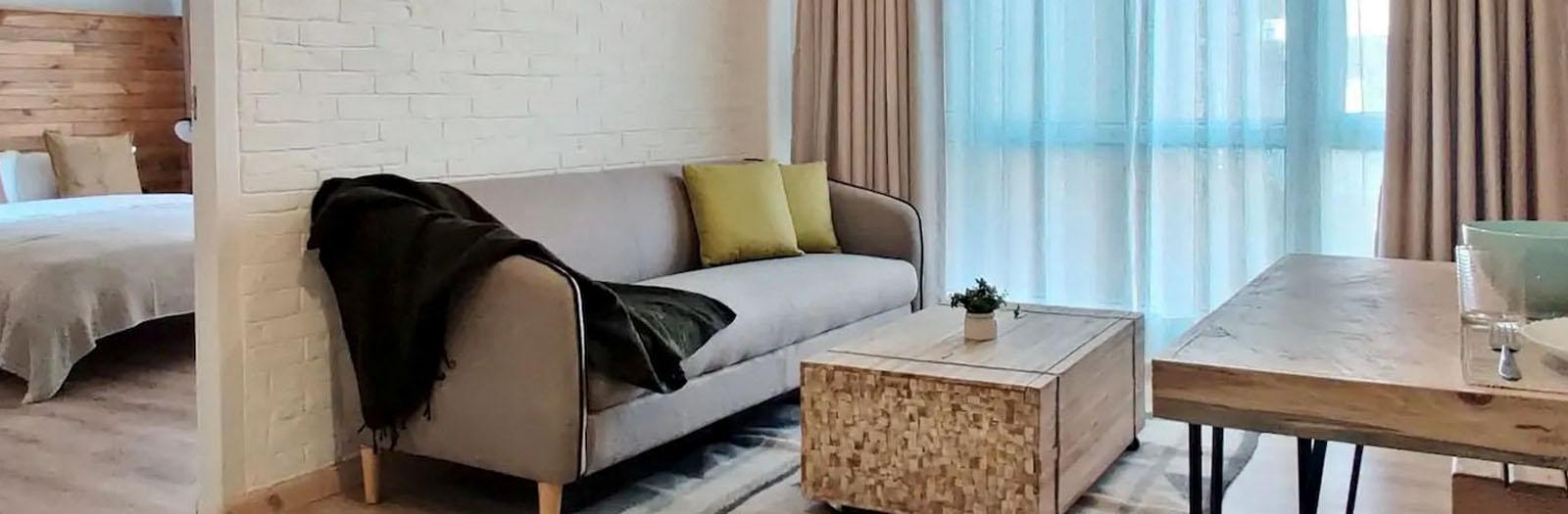 City Crib 1BR Apartment